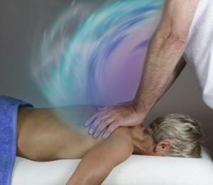 28606046 - tranferring energy during healing massage